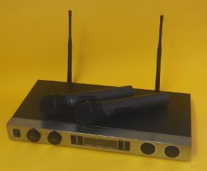 VAMC966U UHF Twin Wireless Microphone (CPT58S)